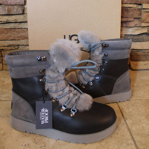 UGG VIKI LEATHER SHEARLING WINTER SNOW BOOTS NEW!